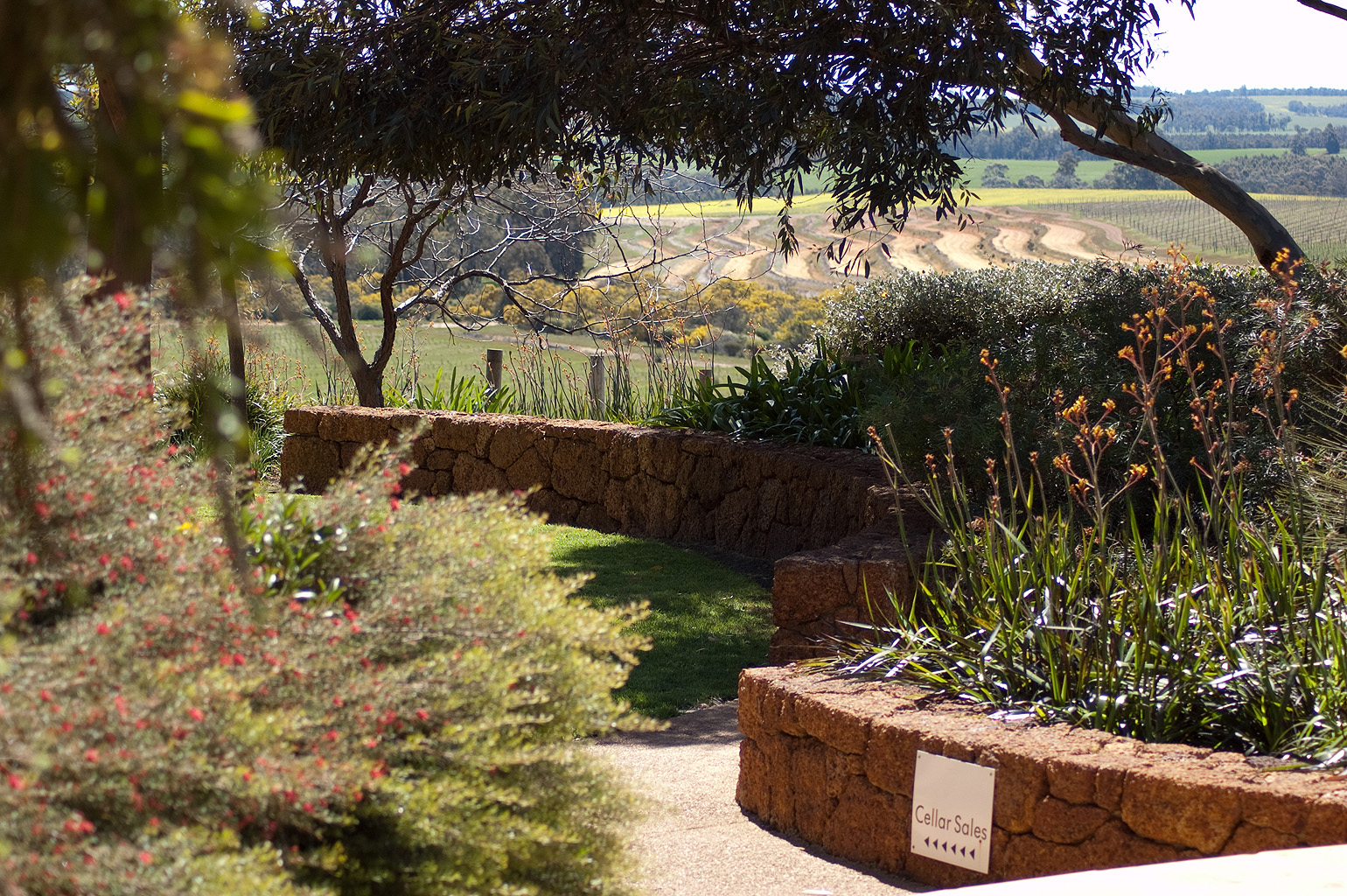 Ferngrove Winery Garden Landscaping
