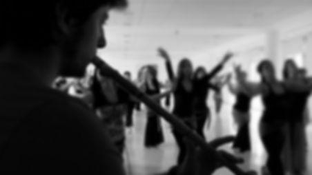 Fernando Depiaggi clases de Danza Oriental música en vivo