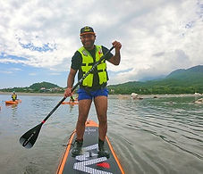 4 sup on Hualien River Love Hualien (Uni