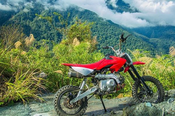 14 Motocross (dirt bike) in Ruisui Mount