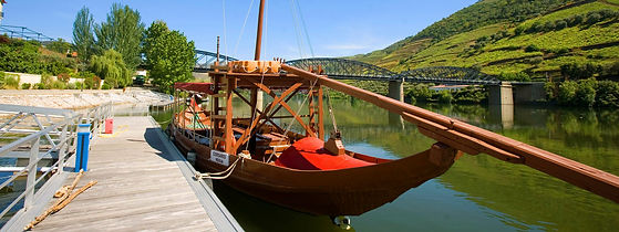 Rio_Douro_Barco.jpg