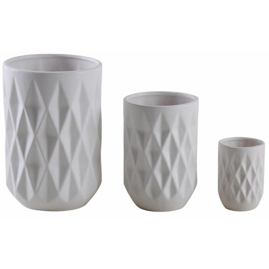 Vases blancs en céramique