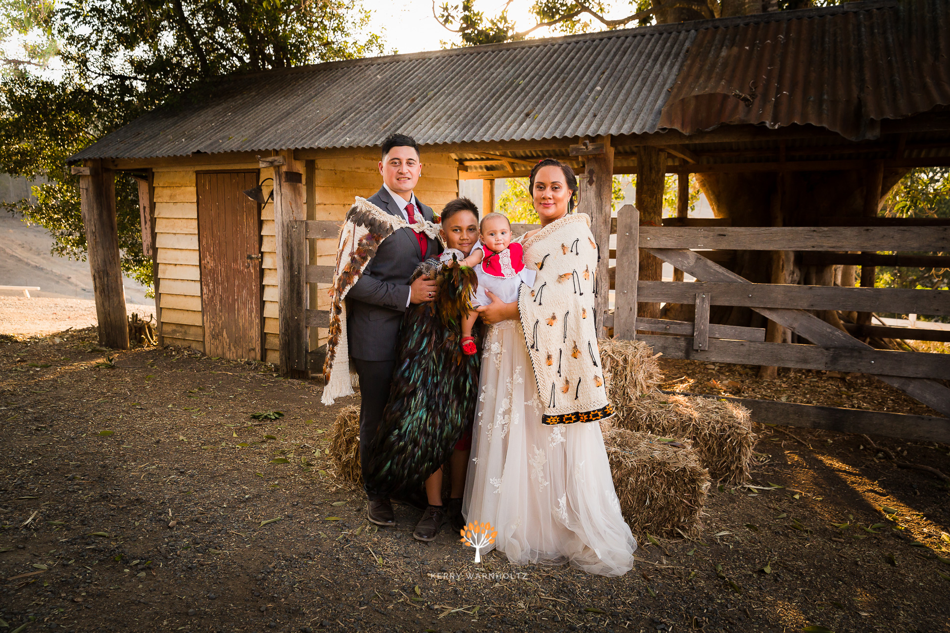 Maori Wedding_Family Photo_korowai