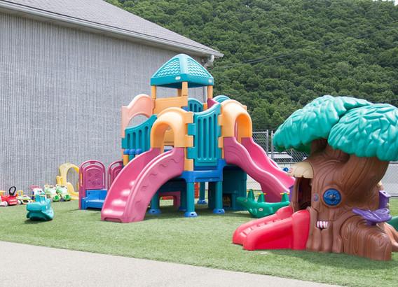 Wyalusing-Valley-Childrens-Center-Playgr