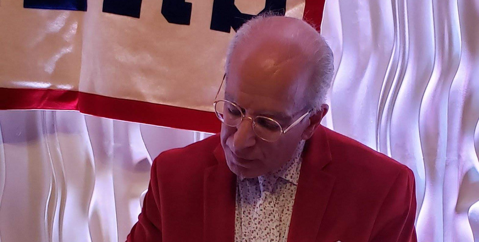 Master of Ceremonies and former Hour sports writer George Albano.  (photo by Anna Mastrolillo)