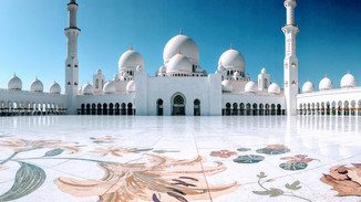 Sheikh Zayed Grand Mosque. Abu Dhabi, United Arab Emirates.