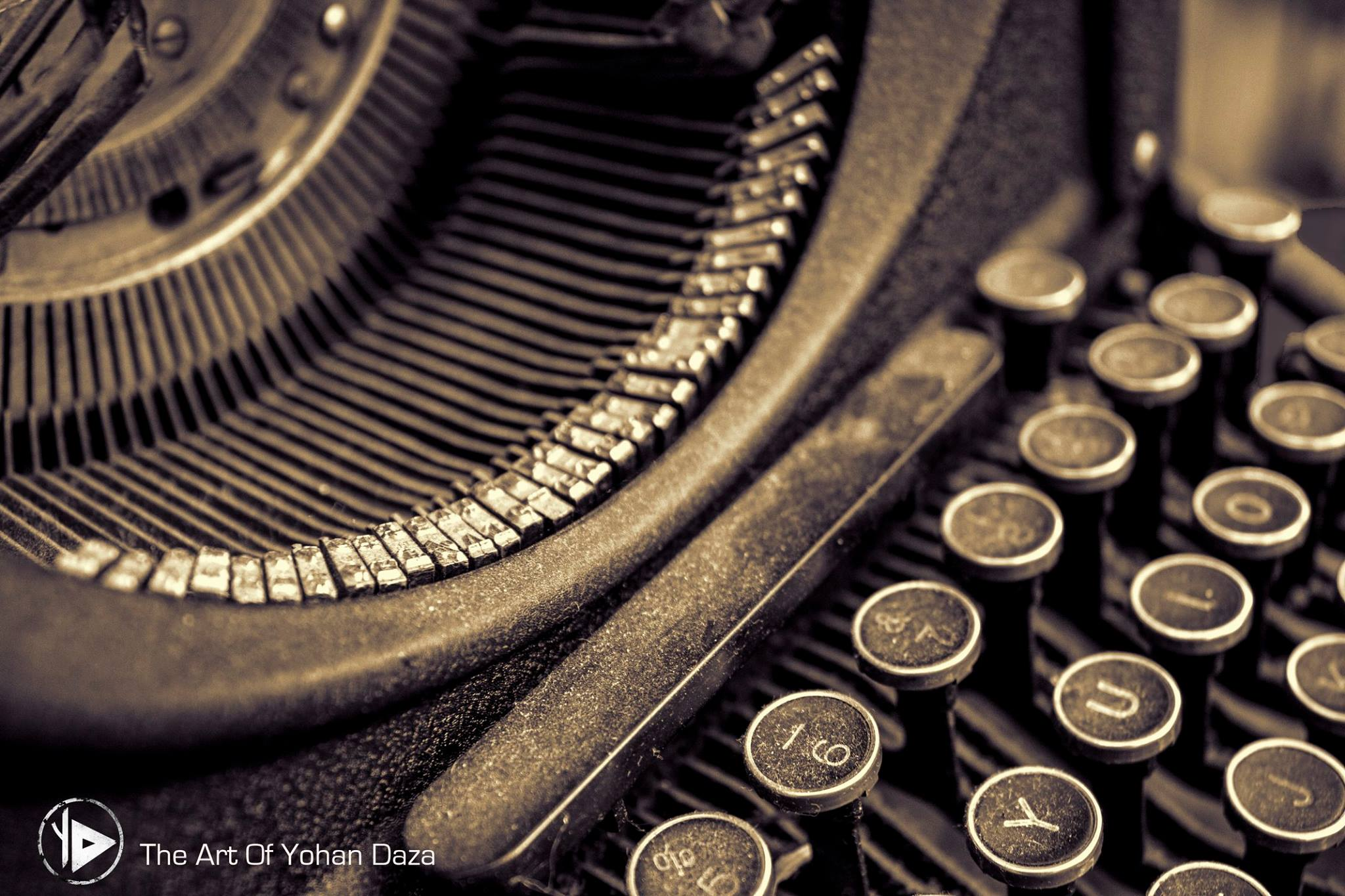 Typewriter closeup by Yohan Daza