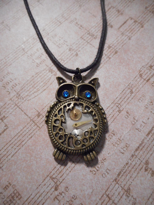 Steampunk Ow with Bright Blue Crystal Eyes