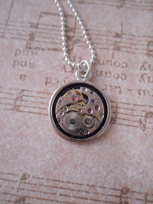 17 Jewel Watch Movement Pendent Small