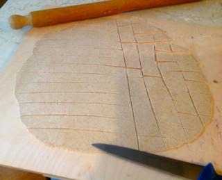 Una antica arte nello stendere la sfoglia amano