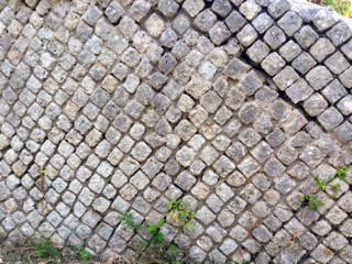 Esempio di costruzione romana nella città di Carsulae