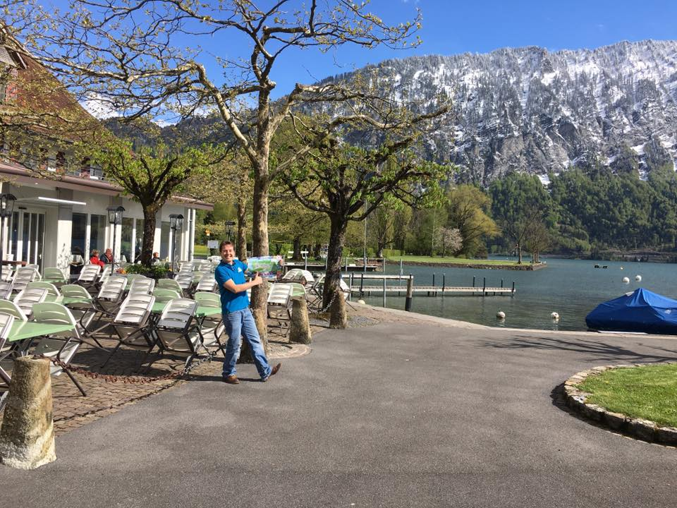 Neuhaus at the lake-Interlaken Map