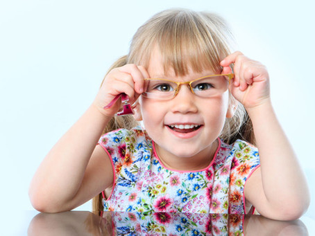 15 Warning Signs Your Child May Have a Vision Problem