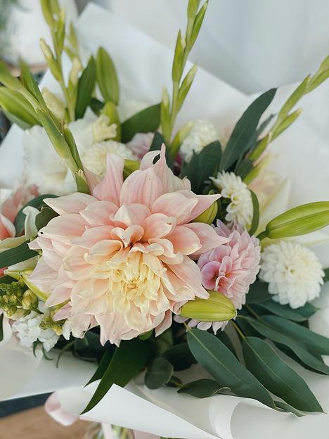 Wanaka florist gift bouquet