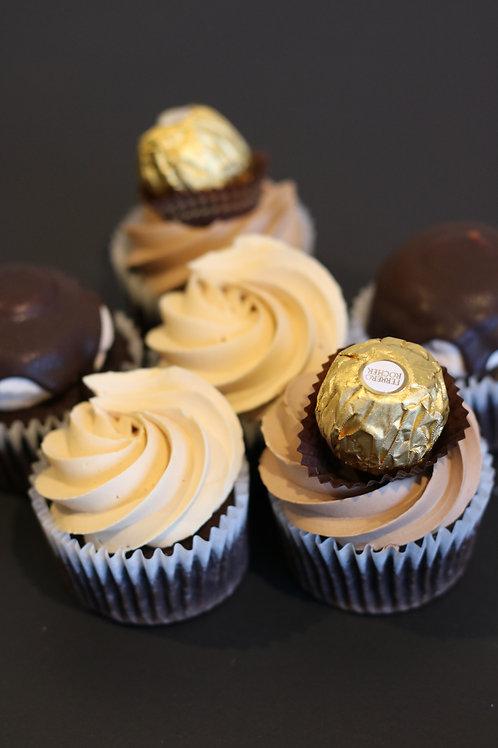 6 mixed cupcakes