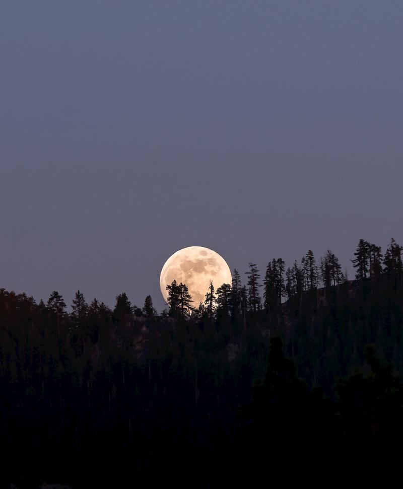 Lake Tahoe Moon Photography