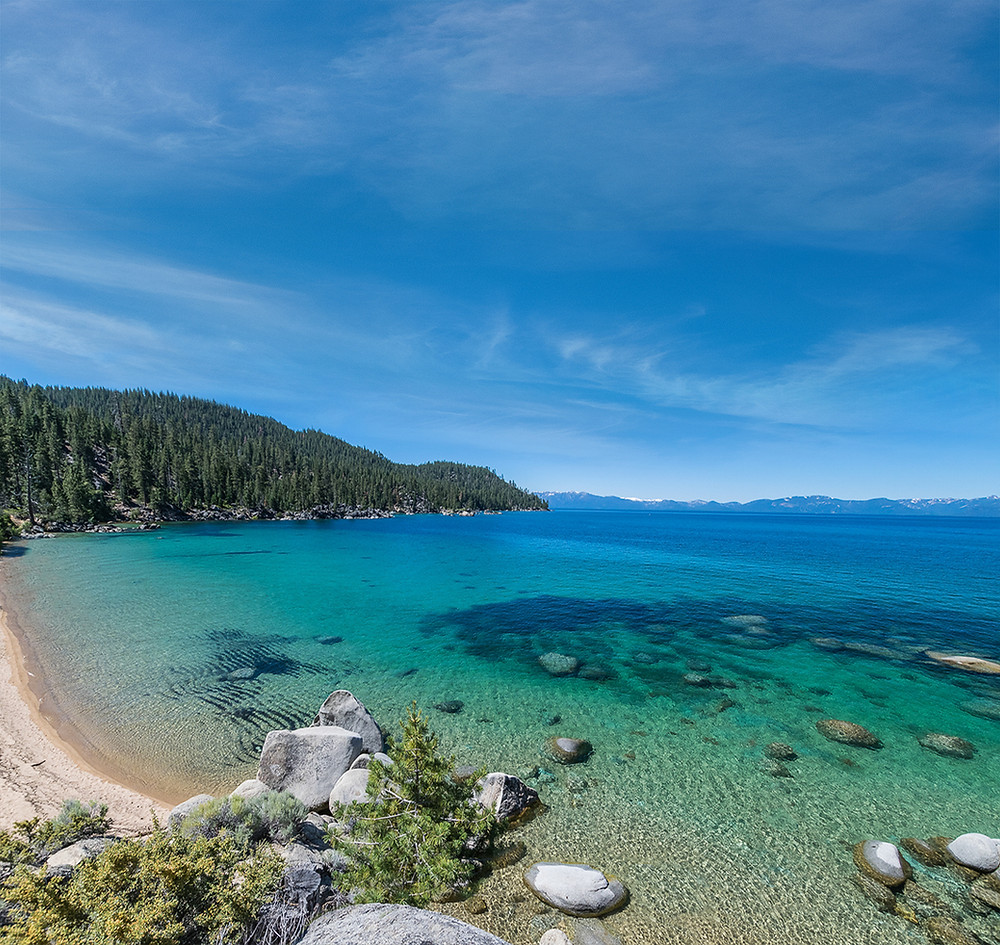 Turquoise water at Whale Beach on the east shore of Lake Tahoe Nevada
