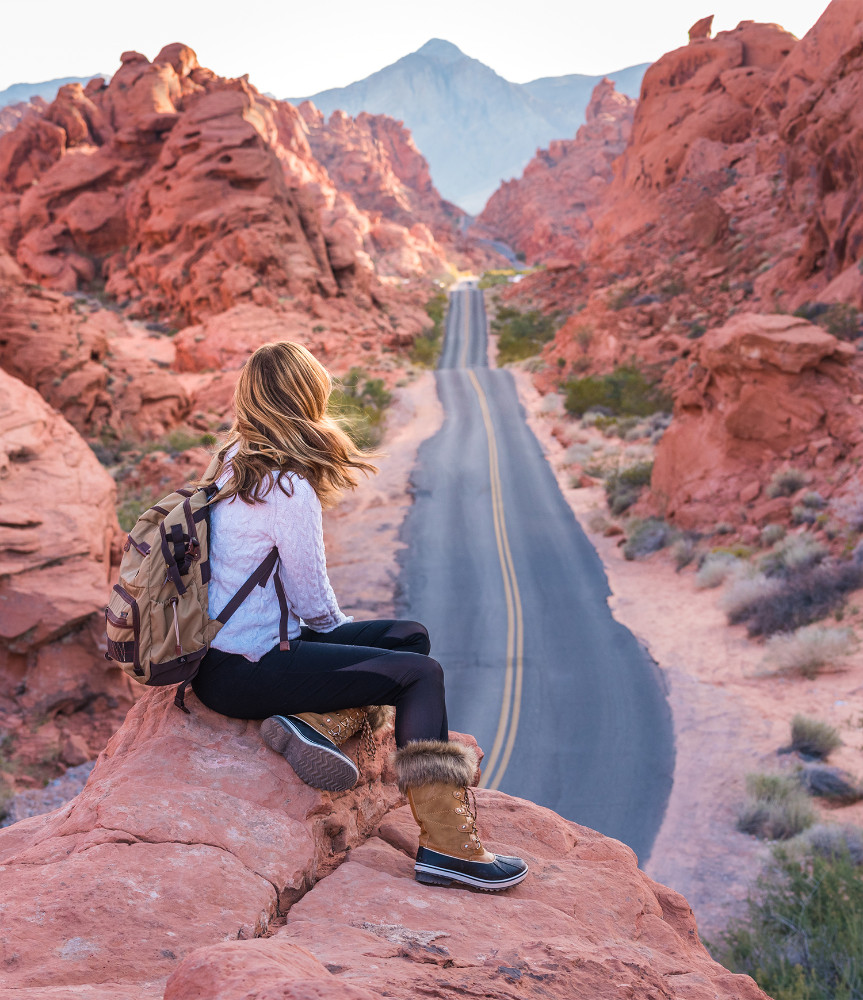 Mouse's Tank Road in Valley of Fire State Park in the American Southwest