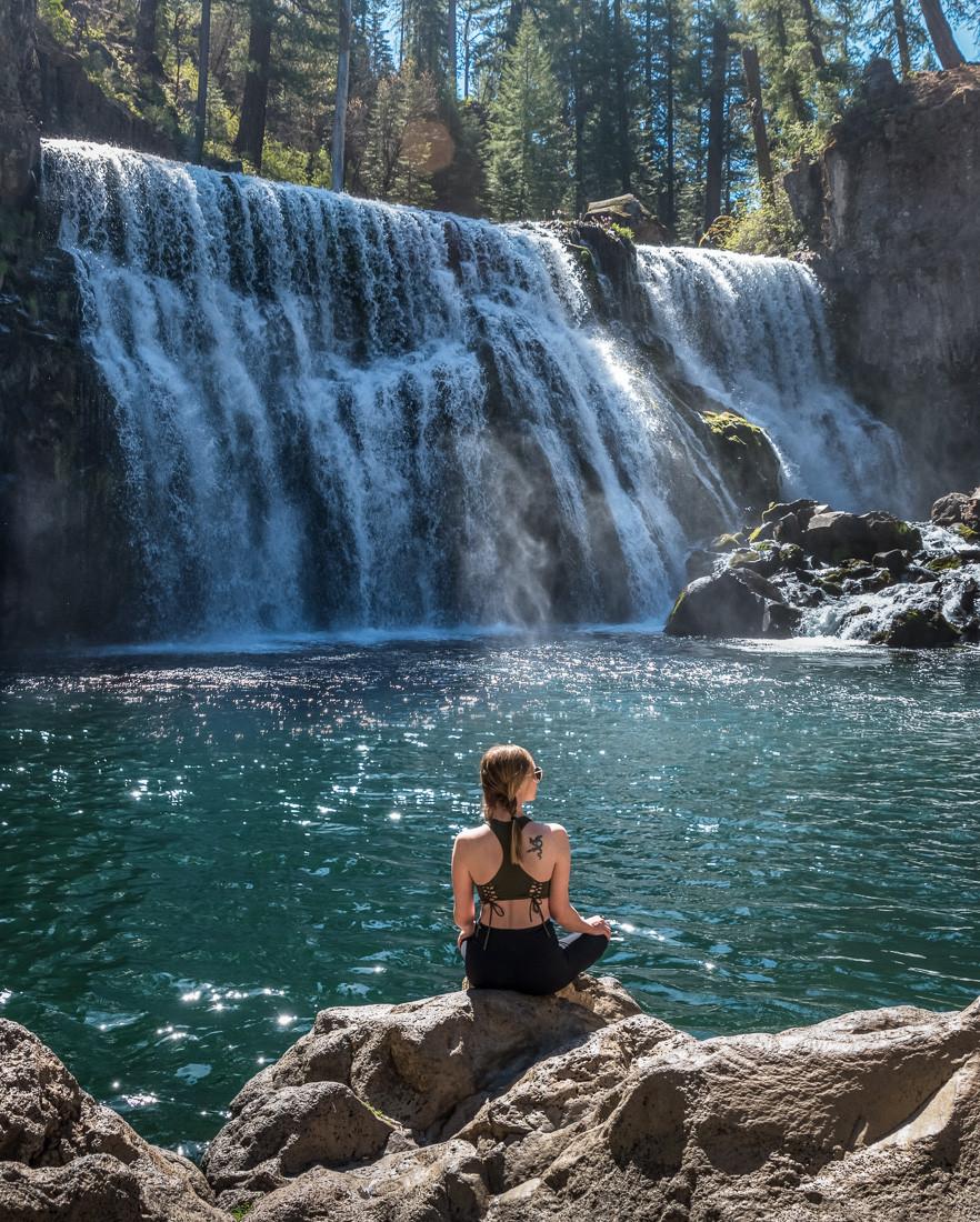 Middle McCloud Falls in Mt Shasta California