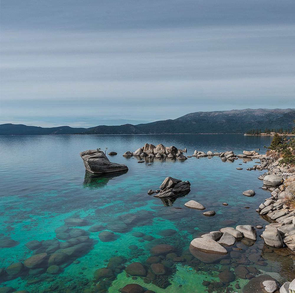 beautiful turquoise water at Bonsai Rock in lake tahoe nevada