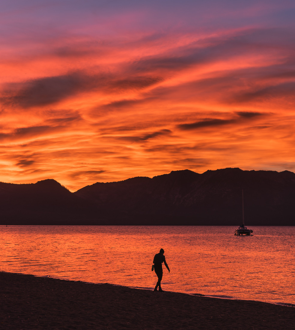 Colorful sunset at Timber Cove in Lake Tahoe