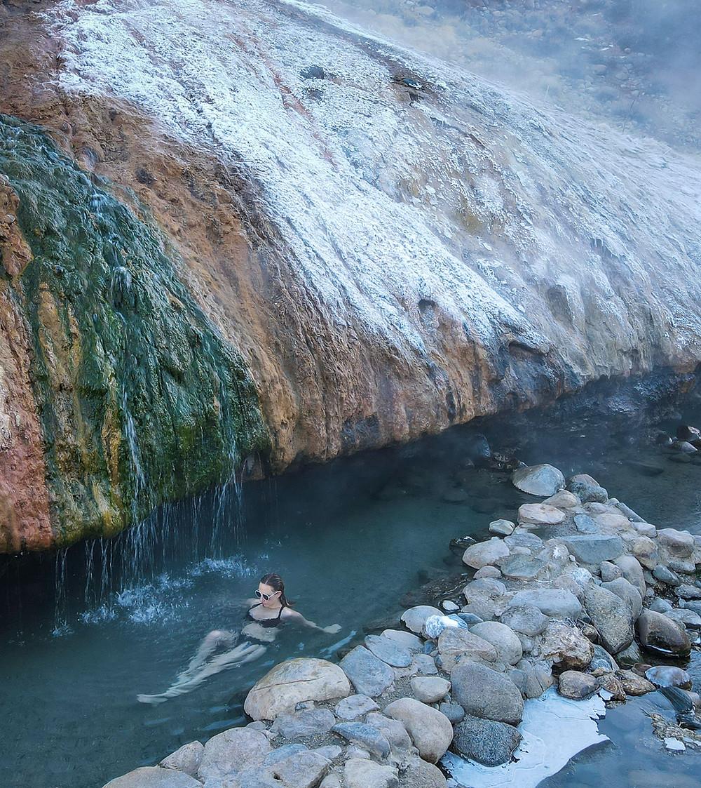 Buckeye hot springs in Bridgeport, California