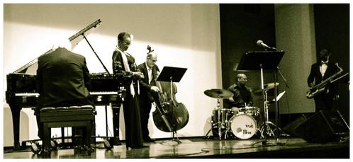 JazzOnTheMove_ Sharon Ferrara