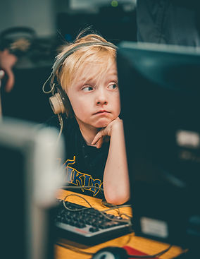 photo-of-boy-wearing-headphone-2291471.j