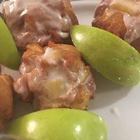 apple fritters.jpg