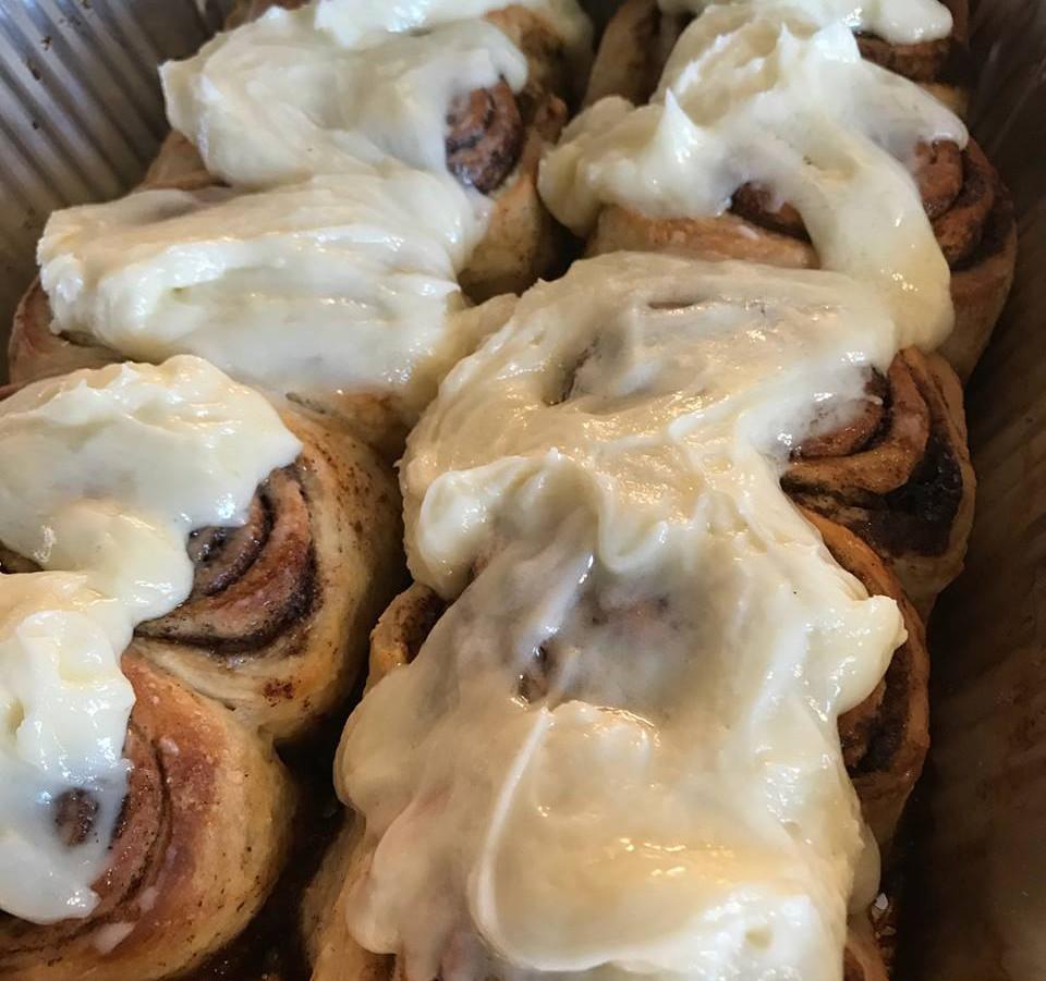 cinnamon buns.jpg