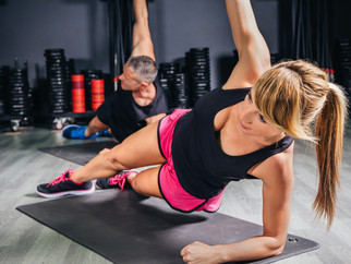 4 Awesome Exercises for a Strong Core and Defined Abs!
