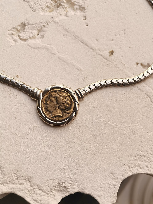 Two-sided coin chain necklace