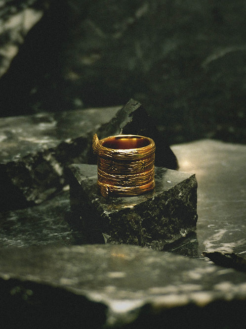 BAGVE I - engraved tube ring