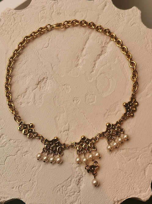Couture pearls necklace