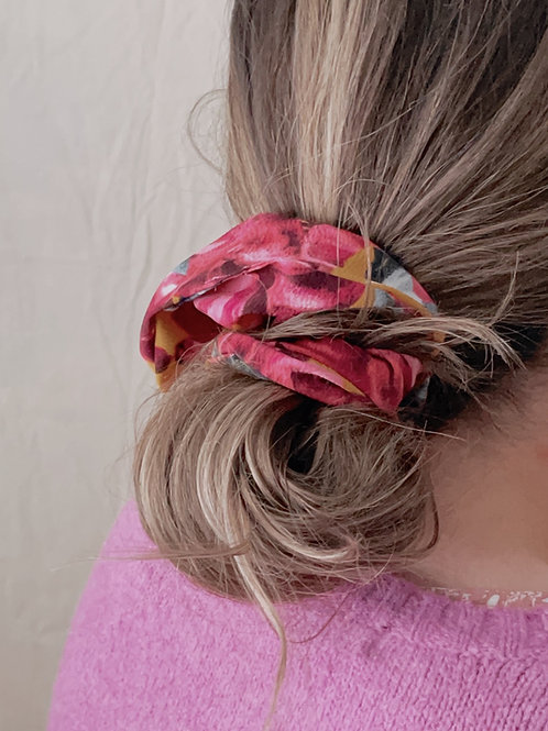The Vow Oversized Scrunchie