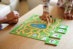 משחק ילדים אימוני סביבתי
