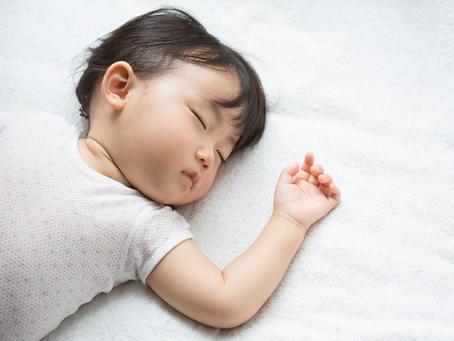 【兒童增高】睡姿影響小朋友脊骨發展 脊醫教你正確睡姿及選牀褥須知