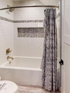 Brio-Design-Homes-Bathroom(1).jpg