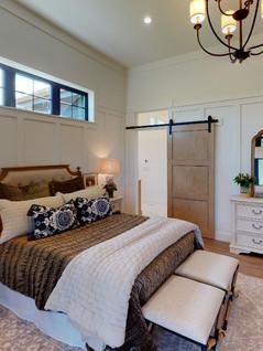 Crary-Construction-Inc-Bedroom(1).jpg