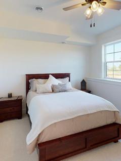 Quality-First-Custom-Homes-Bedroom(5).jpg