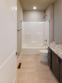 Artisan-Craft-Homes-Bathroom(1).jpg