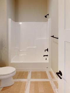 Platinum-Builders-Bathroom(1).jpg