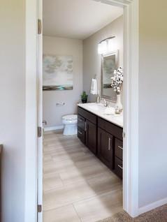 Encore-Homes-Inc-Bathroom.jpg