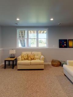 Midwest-Homes-Inc-Living-Room(2).jpg