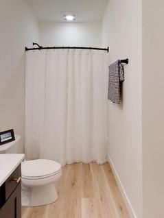 Acker-Builders-Inc-Bathroom(2).jpg