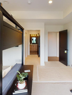 Hart-DeNoble-Builders-Inc-Bedroom(6).jpg