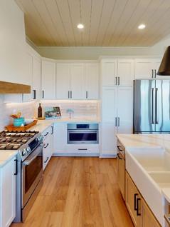 Quality-First-Custom-Homes-Kitchen(1).jpg