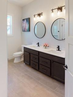 Bill-Weber-Jr-Homes-Bathroom(3).jpg