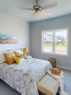 Midwest-Homes-Inc-Bedroom(3).jpg