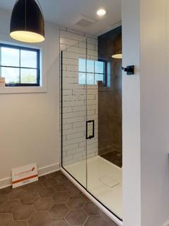 Hart-DeNoble-Builders-Inc-Bathroom(4).jpg